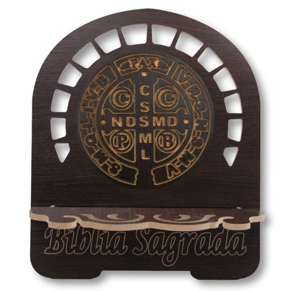 PB812700 - Porta Bíblia Medalha de São Bento MDF Resinado - 30,5x25,5cm
