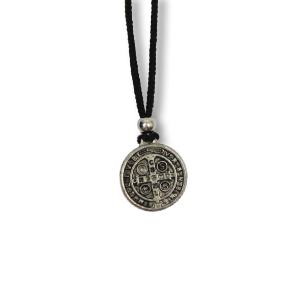 AS1340300 - Colar Medalha São Bento Níquel - 30x1,7cm