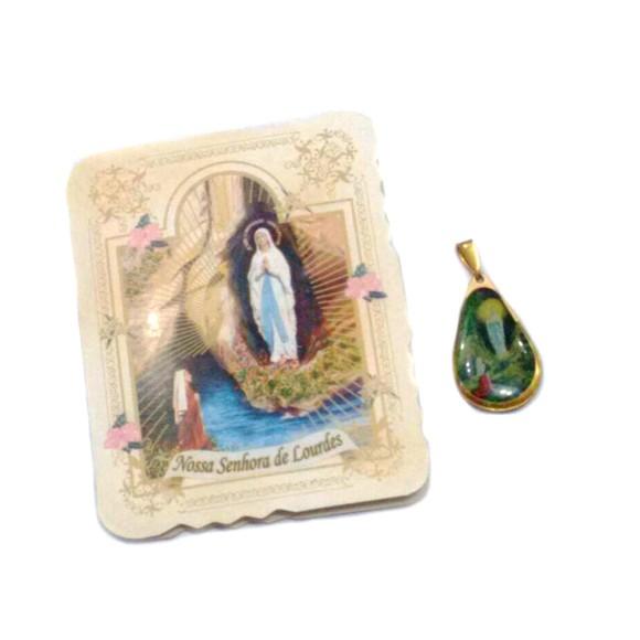 CM14007 - Cartão N. Sra. de Lourdes c/ Medalha - 7,5x6cm