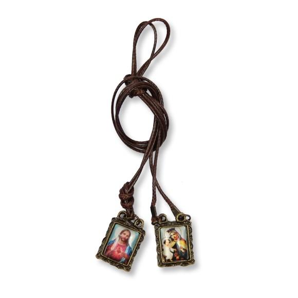 AS1350020 - Escapulário N. Sra. Carmo Sagrado Coração de Jesus Ouro Velho - 42x1,2cm