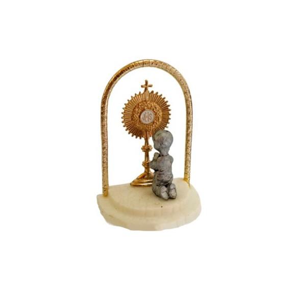 PD112110 - Pedestal Lembrança Primeira Eucaristia c/ Ostensório Menino - 4,5x6cm