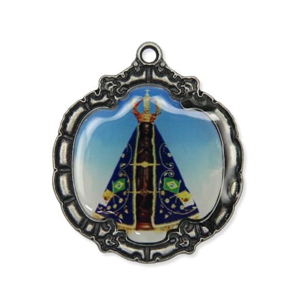 MD1320003 - Medalha N. Sra. Aparecida Resinada Níquel Envelhecido - 5,5x4,8cm